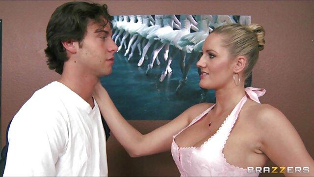 HD-PornPros gefickt in reife behaarte frauen nackt pussy