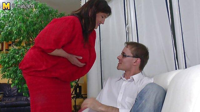 Er wichst reife titten nackt mich von hinten und ich habe einen starken Orgasmus - Natali Fiction
