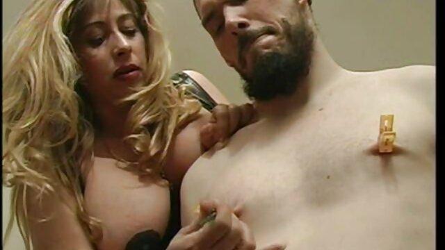 Busty Babe spreizt sexfotos von alten frauen Arsch für alle Mädchen!